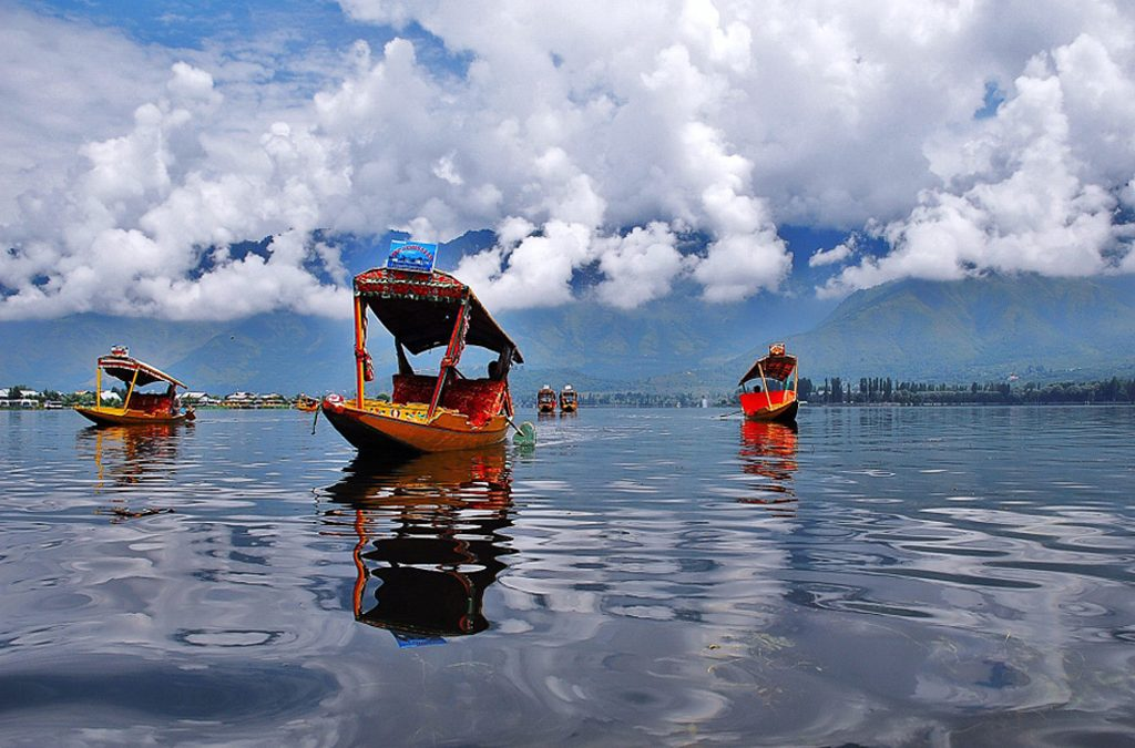 Lakes in Jammu and Kashmir